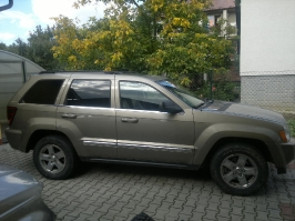Jeep Grand Cherokee WK HEMI_220