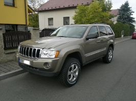 Jeep Grand Cherokee WK HEMI_229