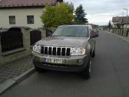 Jeep Grand Cherokee WK HEMI_235